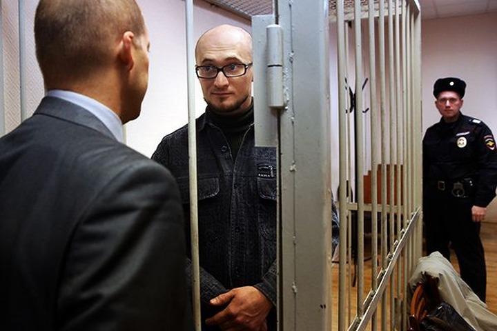 Активиста, сорвавшего концерт Макаревича, приговорили к трем годам колонии