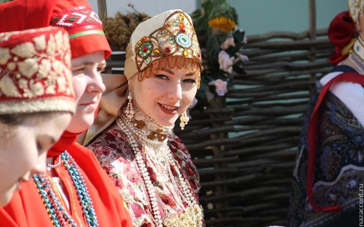 """Названы победители фестиваля дизайнеров """"Этномода"""" в Адыгее"""
