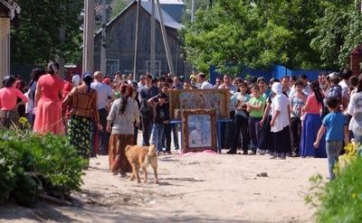 В Плеханово начался снос цыганских домов