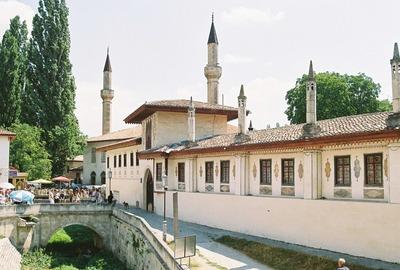 Почти 25 миллионов рублей потратят на сохранение памятника крымско-татарской культуры