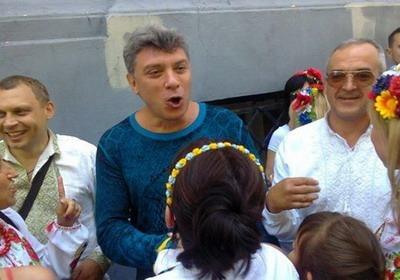 Немцова предложили проверить на экстремизм за участие в марше вышиванок