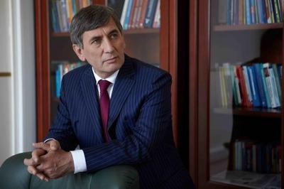 Уголовное дело против адвоката Хасавова закрыли