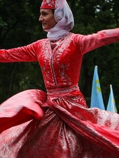 Крымские татары требуют изъятия из библиотек учебника истории
