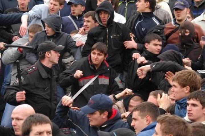 """В Москве на межнациональную драку можно будет пожаловаться по """"горячей линии"""""""