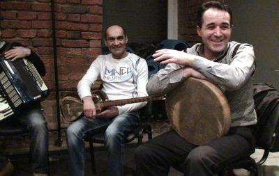 В Москве ультраправые избили актера Театра.doc