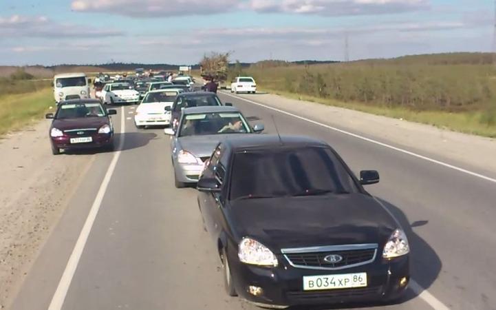 ГИБДД оштрафовало кавказцев, устроивших несанкционированный автопробег в защиту единства братских народов
