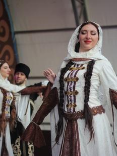 Победители фестиваля культуры и спорта народов Кавказа получат 74 млн рублей