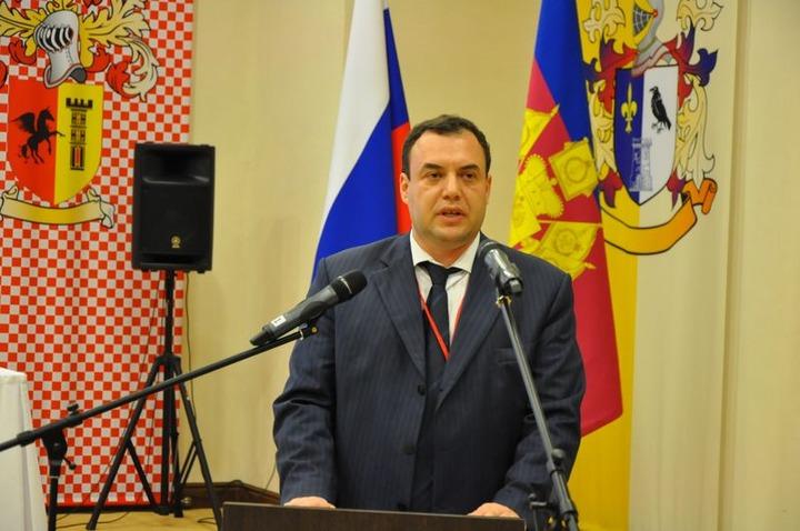 Правозащитник назвал тревожным признание экстремистским анекдота про кавказца