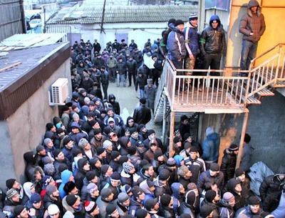 В Дагестане перекрывшие дорогу чеченцы-аккинцы приостановили акцию протеста на два месяца