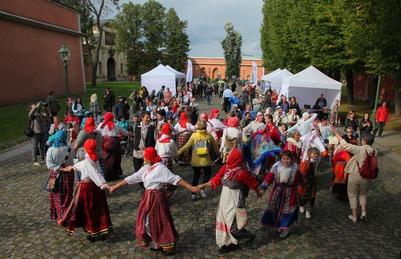 Артисты из восьми регионов приедут на фестиваль финно-угорских народов в Выборге