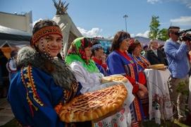 Марийской вышивке и удмуртскому кружевоплетению научат на фестивале в Тюменской области