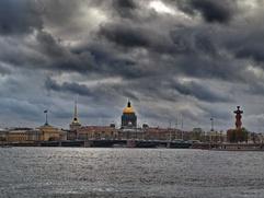 Петербургская школьница напала на мальчика-мигранта