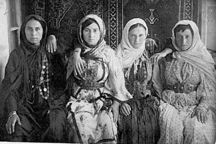 Старинные кайтагские костюмы воссоздадут в Дагестане
