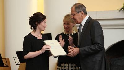 Лавров вручил карельской организации 10 тысяч евро