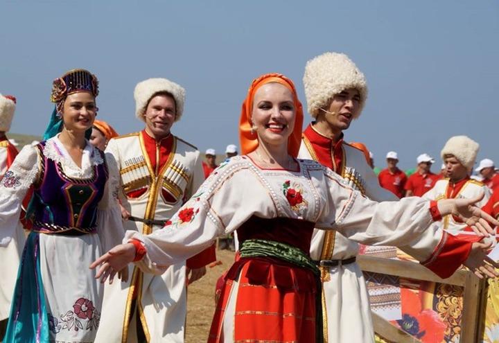 Гладкие скачки пройдут на Казачьей ярмарке в Волгоградской области