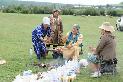 Стивен Сигал отправился на Байкал знакомиться с культурой бурятского народа