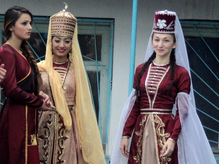 День черкесского костюма станет официальным праздником в Адыгее