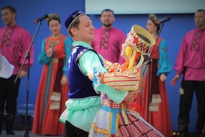 Народы России на фестивале РГО в Москве