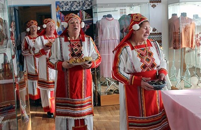 """Селяне Алтая отметили день мордовского языка """"Эрзянь келянь чи"""""""