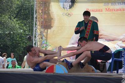 Якутские спортсмены победили на всероссийском чемпионате по мас-рестлингу
