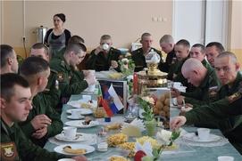День татарской кухни прошел в Кантемировской танковой дивизии