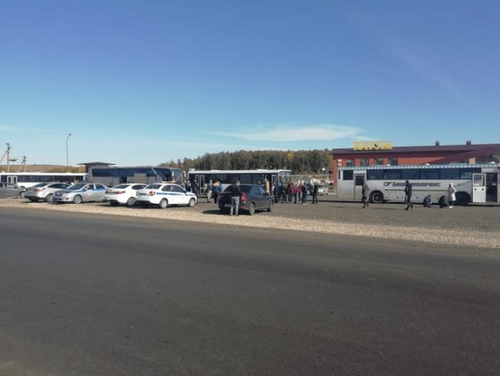 Граждане Кыргызстана вернулись на родину по транзитному коридору из Башкортостана