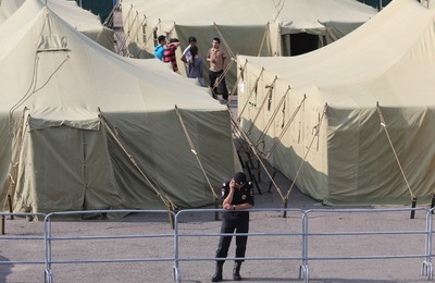 ФМС хочет открыть лагеря для нелегальных мигрантов по всей стране