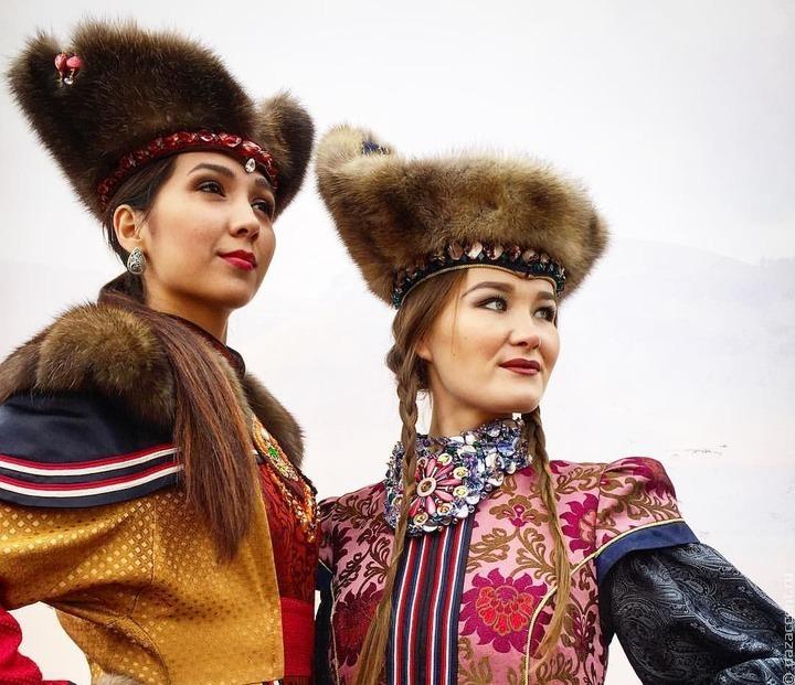 Тридцатилетие республики отметят в Хакасии театральным фестивалем и установкой памятника