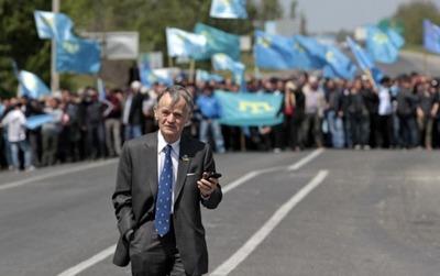 Экс-лидера крымских татар Джемилева объявили в федеральный розыск