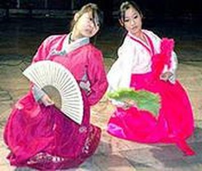 Корейцы встречают год Синей деревянной лошади