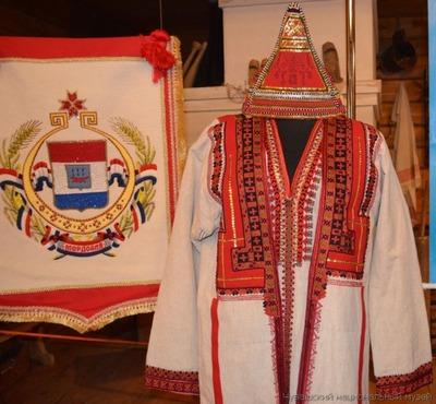 """В Чебоксарах открылась выставка """"Мордва в Чувашии"""""""