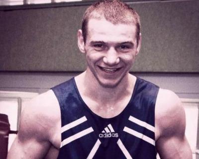 Губернатор Омской области взял на контроль дело об убийстве боксера