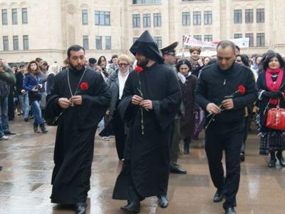В России Армянская церковь канонизирует всех жертв геноцида армян