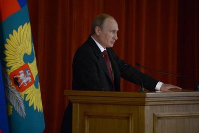 Путин: Мы и впредь будем отстаивать права русских всеми доступными средствами