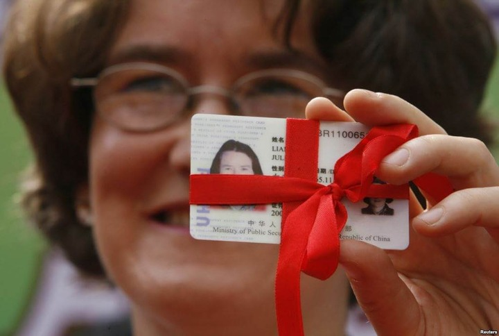 Эксперты предложили привлекать мигрантов в Россию с помощью грин-карт