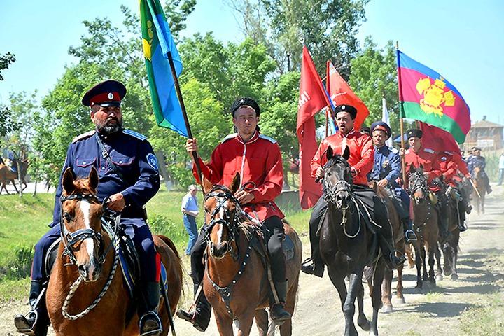 На столичном фестивале казаки пройдут парадом