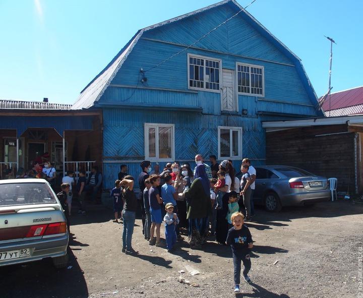 Учительница в Калужской области создала программу адаптации цыганских школьников