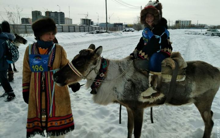 Молодым оленеводам Якутии выделят по 1 млн рублей на жилье