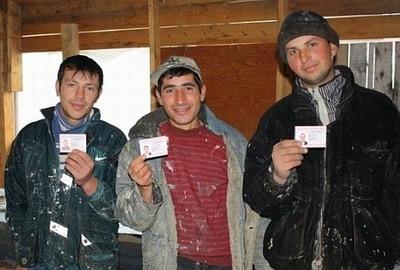 Путин подписал закон о штрафах мигрантов за работу не по профессии