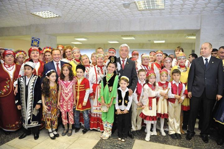 Члены Ассамблеи народов Татарстана обсудили работу с мигрантами и языками
