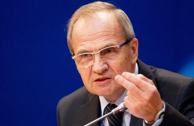 Председатель КС РФ назвал крепостничество главной скрепой единства нации