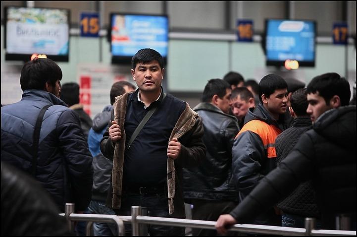 В России амнистировали 102 тысячи таджикских мигрантов