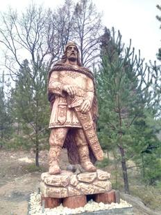 Памятник национальному марийскому герою Чоткару открыли в Марий Эл