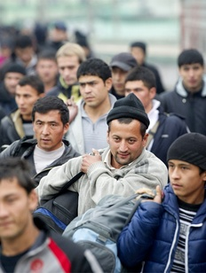 Трудовых мигрантов проверят на знание 50 персоналий и 19 дат из российской истории
