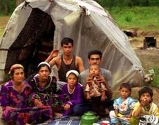 Таджикские цыгане положительно отнеслись к выдворению на родину