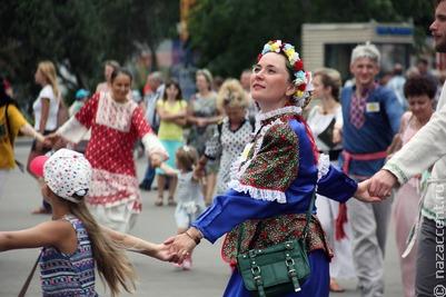 День России отпраздновали в регионах страны