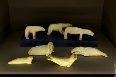 Косторезное мастерство чукотских эскимосов представили на выставке в Москве