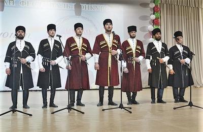 На конкурсе ко Дню чеченского языка спели старинный илли