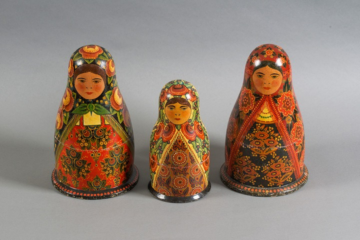 В Москве открылась выставка непростых игрушек
