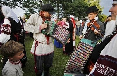 Сетомаа. Семейные встречи: праздник сето в Псковской области